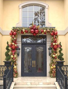 Christmas garland decoration with deco mesh for the front door.