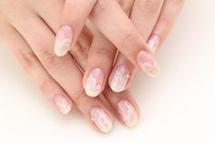 Wedding Nail designed by Nail Quick. http://www.nailquick.co.jp/