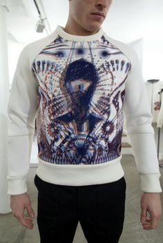 Incredible looking sweatshirt. #fashion