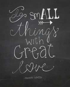 20 Inspirational Quotes for your Chalkboard! - Crafty Croc 20 Inspirational Quotes for your Chalkboa Chalkboard Doodles, Chalkboard Lettering, Chalkboard Designs, Chalkboard Ideas, Chalkboard Art Quotes, Chalk Quotes, Small Chalkboard Signs, Summer Chalkboard Art, Blackboard Art