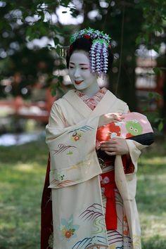 Fuji wisteria kanzashi #wisteria #fuji #kanzashi #maiko
