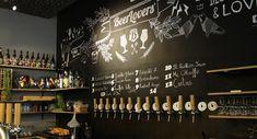 mullen in Luik: 10 cafés en restaurants Beer Lovers, Photo Wall, Make It Yourself, Frame, Restaurants, Antwerp, Home Decor, Beer, Picture Frame