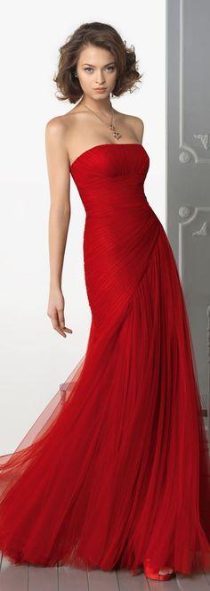 Charming Sheath/Column Strapless Ruching Floor-length Tulle Prom Dresses