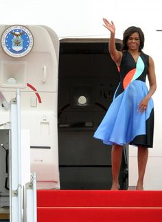 63df7f035c Michelle Obama Flies the Flag for Prints on her Tour of Cambodia #InStyle  Espectaculos,