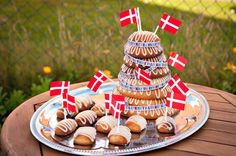 Vegansk Kransekage / Vegan Wreath Cake