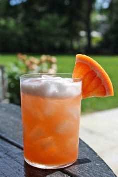 #Recipe: Grapefruit Gin Fizz