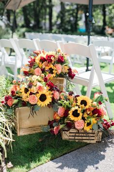 Top 9 Fall Wedding Color Schemes for and yellow, wedding decoratio. - wedding colors Top 9 Fall Wedding Color Schemes for and yellow, wedding decoratio… - TechUve Photos Wedding Aisle Decorations, Fall Wedding Centerpieces, Wedding Bouquets, Fall Decorations, Sunflower Wedding Decorations, Wedding Themes, Sunflower Wedding Arrangements, Sunflower Centerpieces, Tree Centerpieces