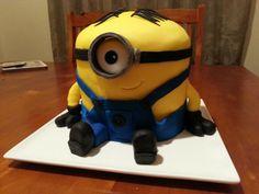 Minion cake Minions, Cake, Character, Pie Cake, Pastel, The Minions, Cakes, Minion Stuff, Minion