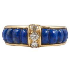 Pre-owned Van Cleef & Arpels Lapis Lazuli Diamond Gold Ring Round Cut Diamond Rings, Gold Diamond Rings, Yellow Gold Rings, Diamond Jewelry, Jewelry Ads, Jewelry Rings, Silver Jewelry, Fine Jewelry, Jewellery