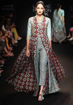 Beautiful Kalidar hand block printed cotton Long Dress with front slit. Western Dresses, Indian Dresses, Indian Outfits, Cotton Long Dress, Cotton Dresses, Casual Dresses For Women, Clothes For Women, Indian Bridal Fashion, Anarkali