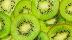 Looking for 'Spring Detox' inspiration? 🤔 Packed full of vitamins and nutrients, Kiwis are an amazing NutriBlast ingredient - they're a true super fruit! 🙌 Pssst - cut off the ends and peel for ultimate Blasting results! Kiwi Benefits, Health Benefits, Smoothies, Natural Beauty Recipes, Beauty Tips, Giving Up Smoking, Anti Smoking, Recipes, Healthy Meals