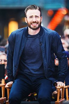Something's wrong with your seat? #chrisevans