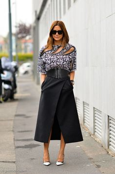 Lovely work look.  Tailored and edgy. Work Outfit Ideas to Try This Winter | StyleCaster