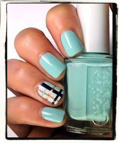 Nailderella: Plaid nails for essie Diy Nails, Cute Nails, Pretty Nails, Plaid Nail Designs, Burberry Nails, Plaid Nails, Crazy Nails, Nail Patterns, Color Street Nails