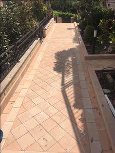 """""""Lavoro di Tolentino"""" #cottoanticomarchigianofattoamano #cotto #fattoamano #coppi #pavimenti #muroantico #marchigiano #mattonivecchi http://imastrifornaciai.it/pavimenti-esterni/"""