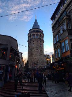 notleviosaritsleviosa – Best Travel images in 2019 Autumn Photography, Landscape Photography, Travel Photography, City Wallpaper, Travel Wallpaper, Travel Images, Travel Photos, London Paris Rome, Mekka
