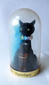 #FollowVintage Vintage Max Factor Hypnotique Perfume in Dome with Black Cat Holder Circa 1950s Sophisticat