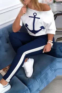 Half Sleeves, Dresses With Sleeves, Short Sleeves, White Two Piece, Two Piece Pants Set, Tracksuit Set, Tracksuit Bottoms, Trend Fashion, Style Fashion