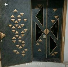 Main door Wooden Door Design, Main Door Design, Door Design Interior, Foyer Design, Entrance Design, Wooden Doors, Gate Design, Main Entrance Door, Office Entrance