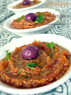Zaalouk of eggplant, Moroccan cuisine - Amour de cuisine - Bernette Selwyn Veggie Recipes, Vegetarian Recipes, Cooking Recipes, Healthy Recipes, Fingers Food, Morrocan Food, Algerian Recipes, Ramadan Recipes, Eggplant Recipes