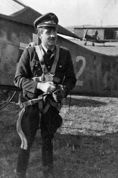 Ww2 Aircraft, Fighter Aircraft, Military Aircraft, Luftwaffe, Adolf Galland, The Art Of Flight, Focke Wulf Fw 190, Flying Ace, Fighter Pilot