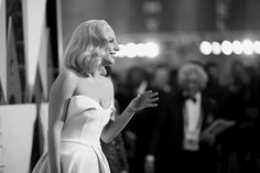 Pin for Later: These Oscars Snaps Will Make You Nostalgic For the Days of Old Hollywood Lady Gaga