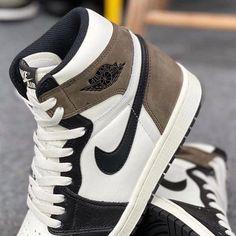 Fashion Shoes, Mens Fashion, Jordan 1 High Og, New Nike Air, Nike Outfits, Shoe Sale, Mocha, Black And Brown, Air Jordans