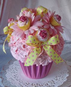 47 best cupcake centerpiece images cupcake decorations cupcake rh pinterest com