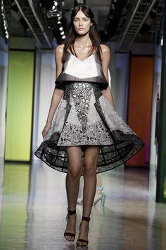 Peter Pilotto #LFW #Fashion #RTW #SS14 http://nwf.sh/1diMz3Y