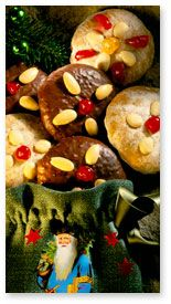 (Lebkuchenplätzchen) These gingerbread cookies have the flavor of traditional Lebkuchen, the famous German Christmas cookies, but in a simplified recipe suitable for the home ...