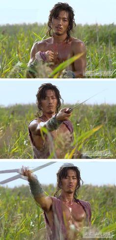 Jang Hyuk in Chuno - http://www.dramacool.com/drama-detail/slave-hunters-chuno