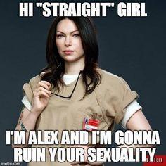 Alex vause, i Love you! Alex Vause, Laura Prepon, Amy Lee, Oitnb Quotes, Lesbian Humor, Alex And Piper, Tv Memes, Satirical Illustrations, Cute Lesbian Couples