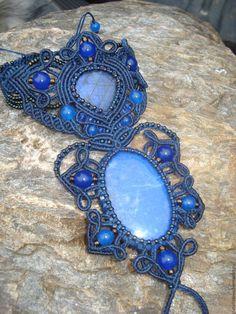 Купить Слейв - браслет с лазуритом - макраме браслет, макраме украшения, слейв-браслет