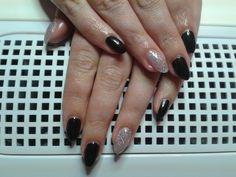 Glitter 'n' black