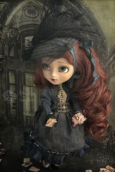 La belle dame by Rebeca Cano ~ Cookie dolls, Isadora Otero. Piece unique Pullip doll. cookie-dolls.com