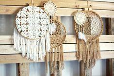 http://www.honeysucklelife.com/wp-content/uploads/2012/06/DIY-Dream-Catchers-Crochet.jpg