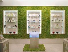 Proyecto Retail, revestimiento realizado con jardin vertical Mosswall. Diseño para oficinas, restauración, hoteles y contract. (Espacio Aretha partner contract)