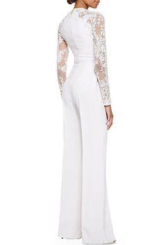 Combinaison ornée de dentelle à manches longues d'Elie Saab | 17 tenues de mariage inspirées par Solange