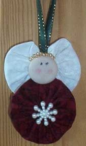 Yo-Yo Projects | Yo yo Angel Christmas ornament! I've got to ... | Fabric YoYo Projec ...