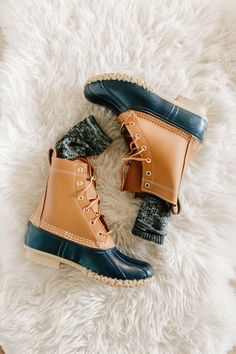 Shoes Fall Trends – I can't wait to change the wardrobe. 32 Cute Casual Style Shoes Looks That Will Inspire You This Summer – Shoes Fall Trends – I can't wait to change the wardrobe. Bean Boots, Look Fashion, Fashion Shoes, Fashion Outfits, Womens Fashion, Fashion Trends, Preppy Style, My Style, Fade Styles