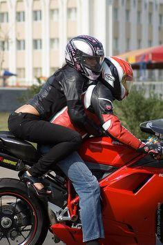 High seated, and she looks uncomfortable. Biker Couple, Motorcycle Couple, Motorcycle Bike, Female Motorcycle Riders, Motorbike Girl, Biker Love, Biker Girl, Motorcycle Photo Shoot, Power Bike