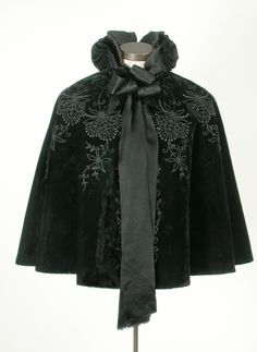 Gorgeous cape. Cape Henry Morgan & Co. Ltd 1895 - 1900, 19th century or 20th century 11 x 56 cm Gift of Mme Huguette Fauteux Sicotte in memory of Mme Suzanne Mathieu M999.72.1 © McCord Museum http://www.mccord-museum.qc.ca/en/collection/artifacts/M999.72.1?Lang=1=M999.72.1