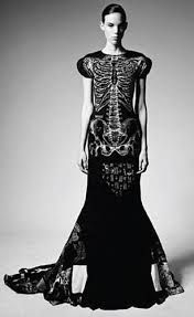 skull dress - Buscar con Google
