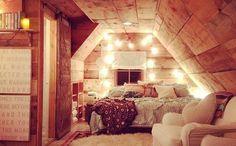 Украшение интерьера гирляндами #гирлянды #интерьер #декор #украшения #дом #уют #комната #whitelights #white_lights #fairy_lights #magic #decor #room #interiordecor