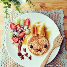 Another cute food blogger. So good I created a new board just to put it on people!