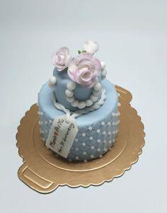 Mini Cake///www.annmeyersignatureevents.com