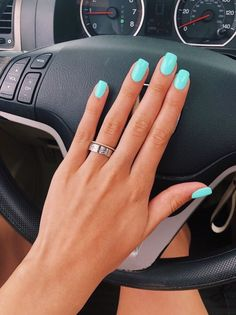 Acrylics are fake nails placed over your natural ones. It can be made to match many different shapes from classic Jade Nails, Teal Nails, Aycrlic Nails, Pastel Nails, Tiffany Blue Nails, Nails Turquoise, Sns Nails Colors, Pink Shellac Nails, Gel Nails Shape