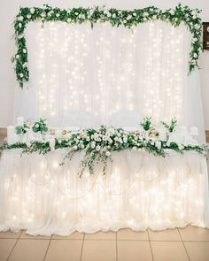 18 Sweet Wedding Head Table Backdrop Ideas – Oh Best Day Ever – My Wedding Dream Head Table Wedding Decorations, Head Table Backdrop, Head Table Decor, Wedding Table Flowers, Wedding Bouquets, Backdrop Ideas, Head Tables, Sweetheart Table Backdrop, Wedding Centerpieces