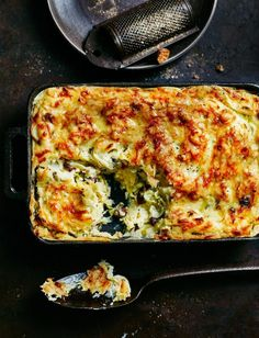 A luxurious side if we ever saw one. this magnificent mash with leeks and cheese makes a great accompaniment to any roast, or by itself with a crisp salad. # Magnificent mash with leeks and cheese recipe Cheese Recipes, Cooking Recipes, Healthy Recipes, Leek Recipes, Vegetarian Recipes Uk, Cheese Dishes, Roast Recipes, Side Recipes, Vegetable Recipes