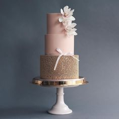 Russian Confectioners Make Elegant Cakes That Look More Like They Came Out Of A Fairy Tale - These Luxurious Towering Cakes Look Like They Are Straight Out Of The Fairy Tale - Wedding Cake Decorations, Unique Wedding Cakes, Wedding Cake Designs, Wedding Decor, Pretty Cakes, Beautiful Cakes, Amazing Cakes, Peggy Porschen Cakes, Bolo Floral